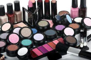 15_toxic_Cosmetics_2013091007