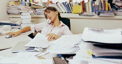 munca-la-birou-si-ignorarea-sportului-cresc-riscul-de-cancer-in-randul-femeilor