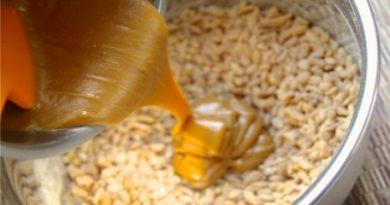Almond-Honey