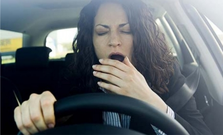 driving-whilst-tired-fb62b85a5423084b2d3532eb7acb4172