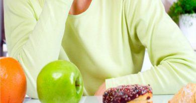 diet-fruits-apple-orange-sweets_-1014x487
