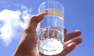apa distilata comestibila porumb între unghiile degetelor pentru tratament