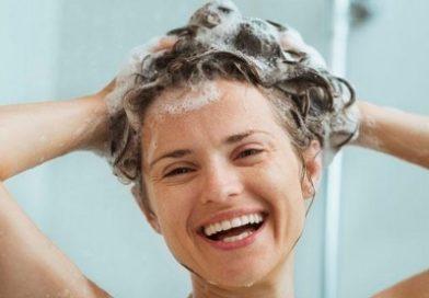 De ce trebuie să te speli întîi pe cap şi apoi pe corp?