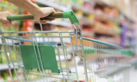 Cărucioarele din supermarket sînt pline de bacterii