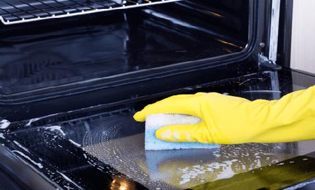 Soluţie ecologică pentru curăţarea aragazului