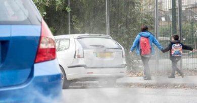 Air-pollution-road-car-children